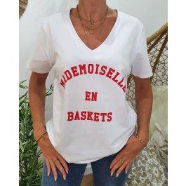 T-Shirt Madmoiselle en baskets col V-Rouge