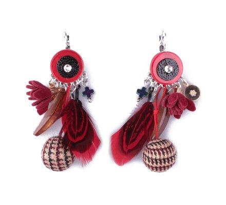 Boucles d'oreilles LOL rouges Bouquet plumes fleurs et boules pied de poule
