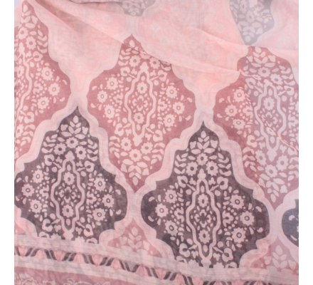 Echarpe rose grises prune motifs fleuris baroques
