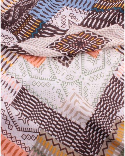 Echarpe carrée motifs ethniques pastels Incania