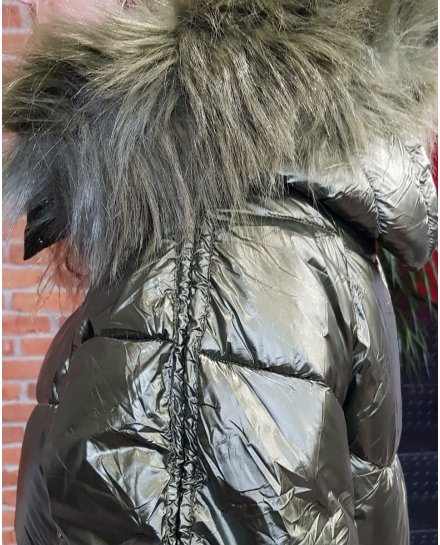 Doudoune oversize kaki métallisé capuche à fourrure