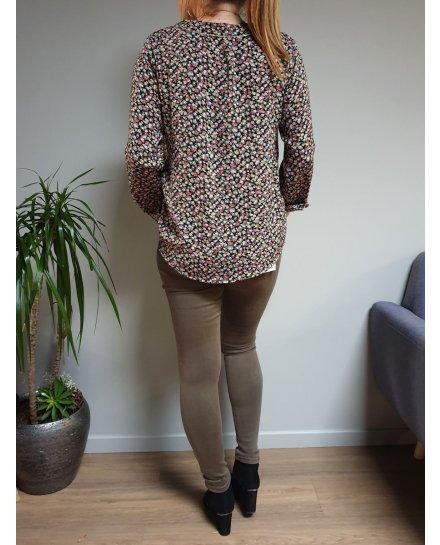 Pantalon slim kaki push up taille haute