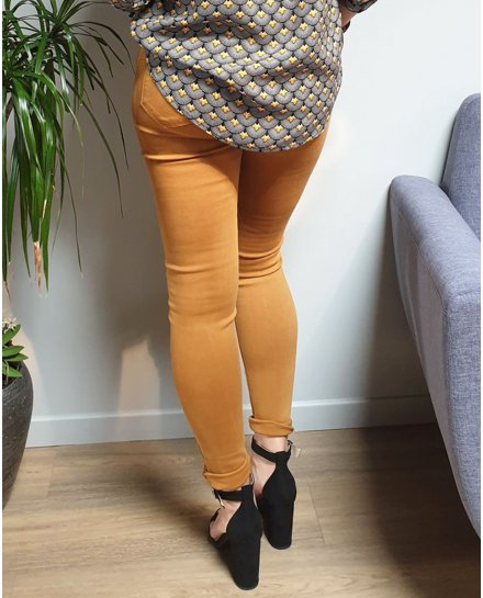 Pantalon slim camel taille haute push up