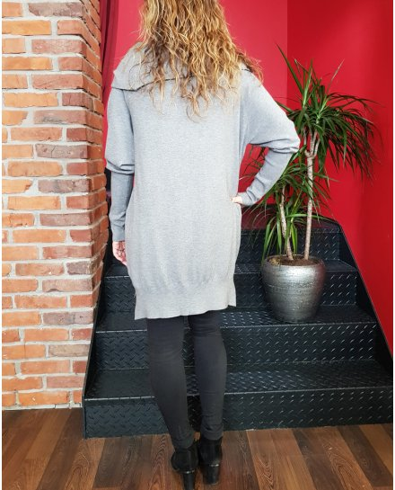 Pull long gris col baveux