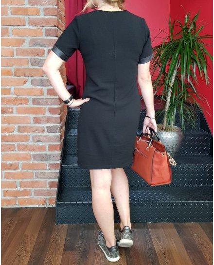Robe noire droite col V et manches simili cuir