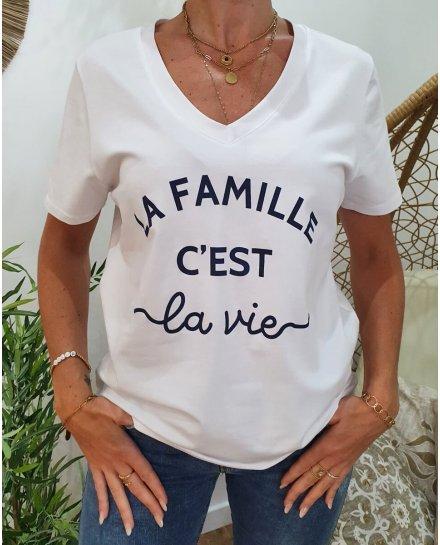 T-Shirt La Famille c'est la vie col V