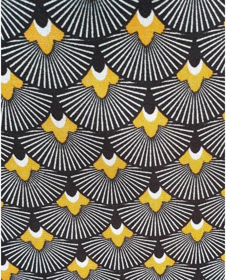 Tunique noire motifs éventails fleuris blancs et moutardes