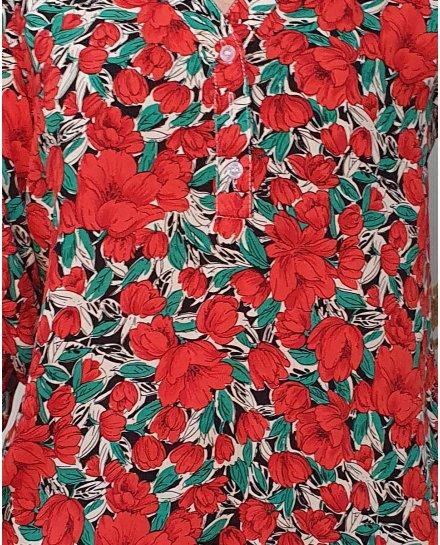 Tunique à grosses fleurs rouges et vertes