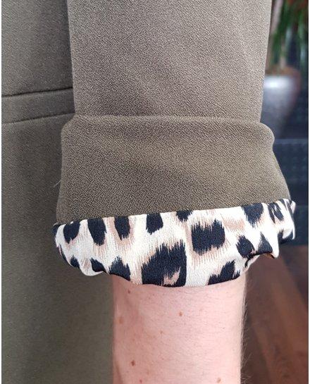 Veste tailleur kaki intérieur léopard