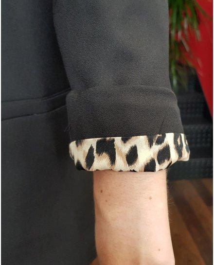 Veste tailleur noire intérieur léopard