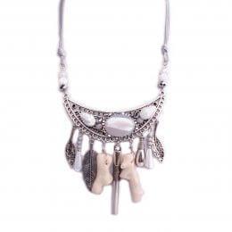Collier Lolilota plastron argent perles grises et résine blanche