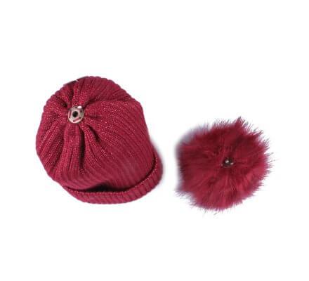 Bonnet rouge bordeaux à pompon liseré brillant fourré