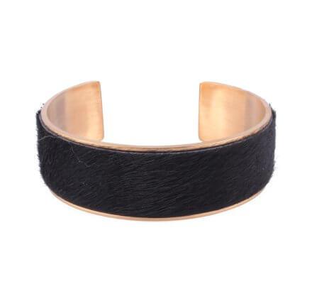 Bracelet jonc large acier doré fausse fourrure noire