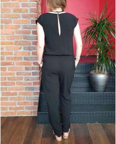 Combinaison pantalon noire sportswear col V rayures dorées