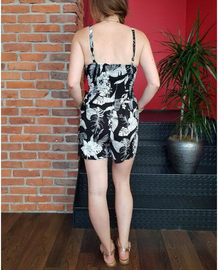Combi-short noire feuillage exotique blanc