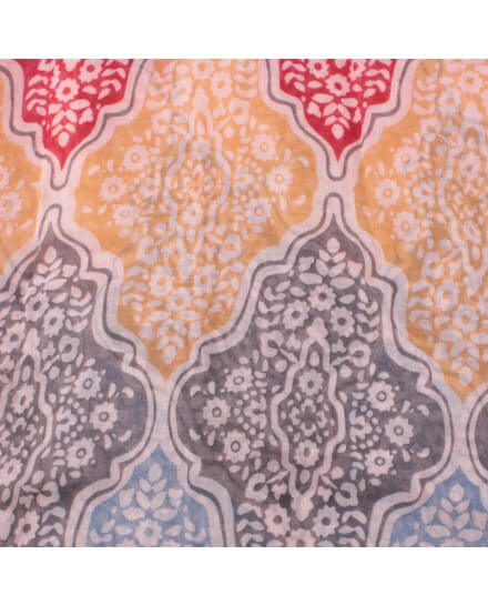 Echarpe rouge bleue jaune motifs fleuris baroques